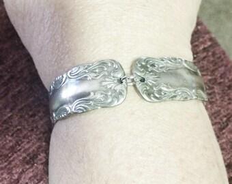Spoon bracelet, vintage Silverware Portland pattern 1891, upcycled, free gift box