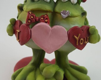 Doug Harris Valentine Bobble Bod Head Frog Toad Holding I love You hearts