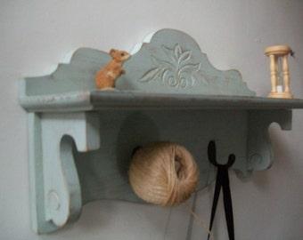 Shabby Chic shelf