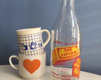 French Milk Bottle. Vintage Advertising Lipton Tea. Painted Bottle. Kitchen Decor. Home Decor. Red and Yellow. 1960s Kitchen. 1 Litre