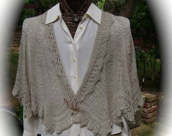 Elegant Pale Taupe Silk/Wool Cape