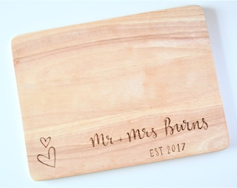 Chopping Board || Personalised Gift || Engraved Wood || Custom Cutting Board || Gift for Couples || Cooking Gift || Christmas Gift