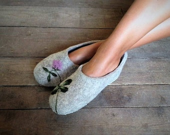 FELTED WOOL SLIPPERS women slippers felted slippers grey house shoes wool slippers four leaf clover gift for mom grey slippers gray slippers