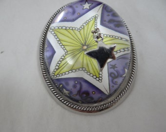 Yellow Star Glass Paperweight