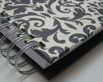 Mini Journal - Gratitude Journal - Pocket Size - Grateful Journal - Daily Gratitude - Thankful Journal - Year Journal - Black Damask