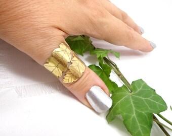 Bague feuille de chêne, anneau ajustable doré, bague de pouce elfique, bague boheme chic, bijou feuille de chêne druidique