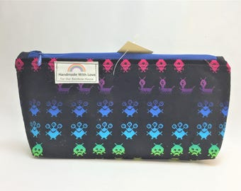 Space Invaders Medium Zipper Pouch