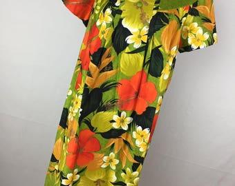 Vintage Sears Dress 10 M Medium MuuMuu Green Black Orange Floral Flower MuuMuu Flowing S/S Women's V1