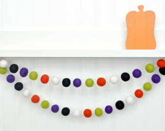 Fall Garland, Halloween Party, Halloween Garland, October Decor, Fall Decor, Fall Bunting, Orange and Black Felt Ball Garland, Halloween Dec