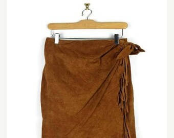 ON SALE Vintage Camel Brown Suede Fringed Mini Skirt from 90's/W27/Hippies/bohos