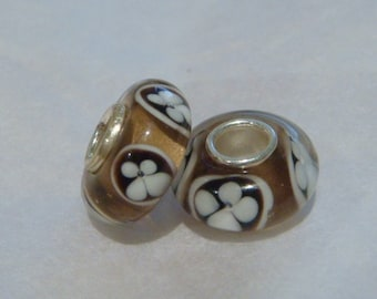 Brown and white flower 925 silver core beads