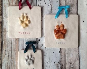 Ceramic Pawprint Tile - Large/Medium Dog size