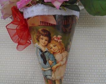 Victorian Valentine hanging vase, children
