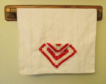 White Poly Cotton Kitchen Dish Towel with Vintage Red Crocheted Pocket