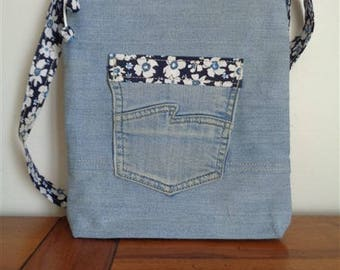 SMALL MESSENGER bag made of recycled denim fabric - 1