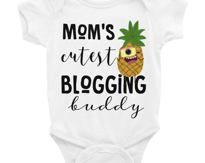 Mommy's Buddy Baby Onesie® , mommy and baby, mommy baby onesie, cute mommy baby, mommys buddy, mommy's blogging buddy, cute baby onesies
