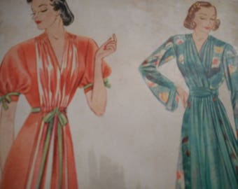 Vintage 1930's, 40's Pictorial Review No. 9010 Negligee Sewing Pattern Bust 40