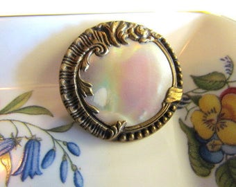 Antique Victorian Mother of Pearl & Brass button