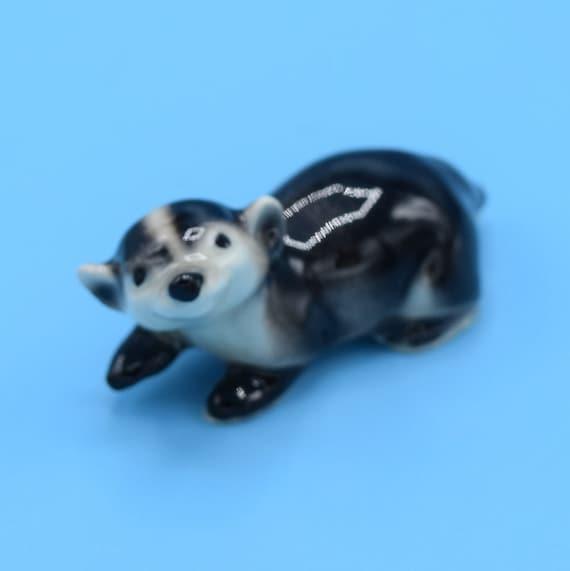 Ceramic Miniature Badger Figurine Vintage Porcelain Glazed Badger Cake Topper Shadowbox Figurine Windowsill Office Desk Figure Gift for Her