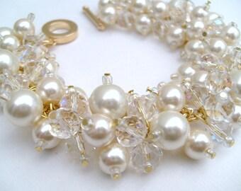 Pearl Bracelet, Bridal Jewelry, Wedding, Pearl Bridesmaid Bracelet, Pearl and Crystal Bracelet, Cluster Bracelet, Ivory Pearl Jewelry, Bride