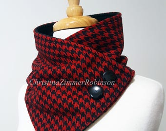 Red and Black Houndstooth Neck Warmer, Scarf, Neck Wrap, Snood, Collar, Neckwarmer, with Black Buttons, Fleece, Snap