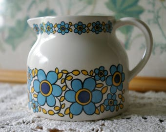Retro Taunton Vale Blue Daisies milk, juice pitcher