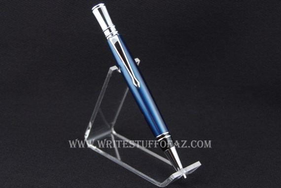 Parker Duofold inspired - Executive Twist Pen in Metallic Blue, finished in Chrome