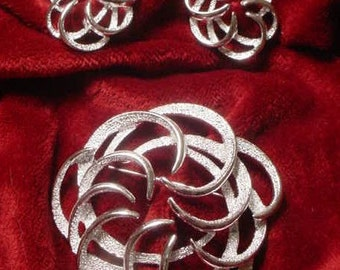 Sarah Coventry Silver Swirl Brooch and Earrings