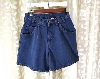 Vintage Levis Jean Shorts | Pleated Levi's Denim Shorts | High Waisted Blue Jean Shorts | Levi Strauss Shorts Size 9 W29