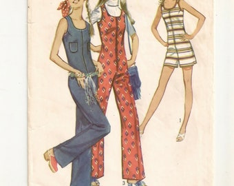 "A Collarless, Sleeveless, Front Zip, Low Round Neckline Jumpsuit & Romper Pattern for Juniors: Unused - Size 9, Bust 33"" • Simplicity 9273"