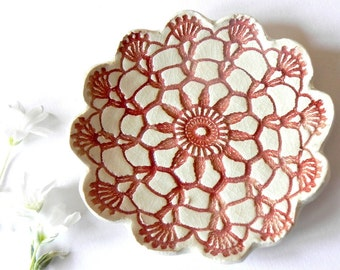 Rustic White Ceramic Dish Red Lace Flower Plate Ring Holder