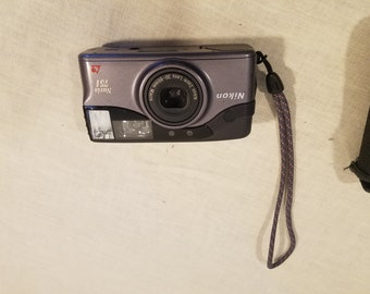 Nikon Nuvis 75i 30-60mm Macro
