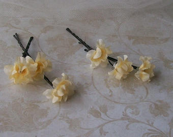 Pale Yellow Flower Hair Pins - Set of Six Light Yellow Flower Bobby Pins