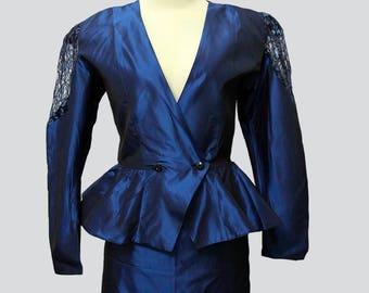 Vintage blue taffeta suit  (jacket / skirt)  // Vintage ladies suit // 90s