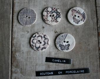 5 buttons porcelain ref 008