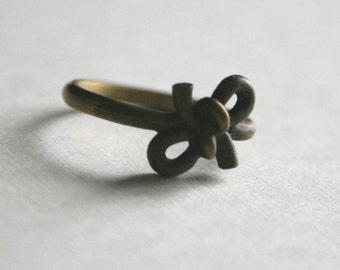 Forget Knot Ring / Vintage Ring / Gift