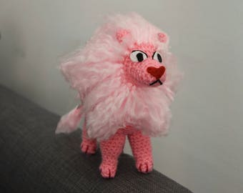 Lion plushie, inspired in Steven Universe.