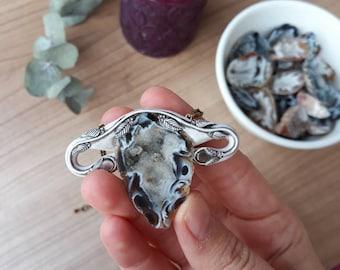 Sacred Uterus with agate geode. Uterus necklace, womb necklace, uterus pendant, womb pendant, sacred feminine