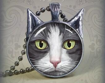GW2 Grey Tuxedo Cat pendant