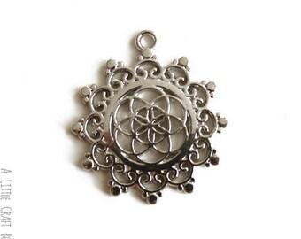 2 pendants / charms Mandala - silver aged
