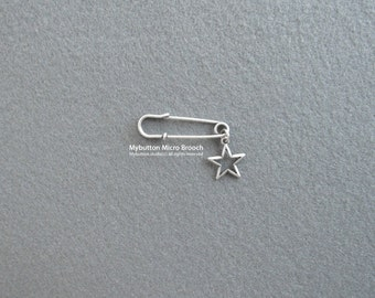 Micro charm brooch _ Star