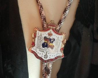 Hawaii State Seal Bolo Tie // Vintage Enamel Bolo //  Western Tie Necklace // Boho Necklace // Hawaiiana Collectable // Hawaiian Gift