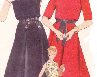 1960s Womens One Piece Boat Neck Summer Dress Vogue Sewing Pattern 5344 Size 14 Bust 34 Young Fashionables Vogue Pattern