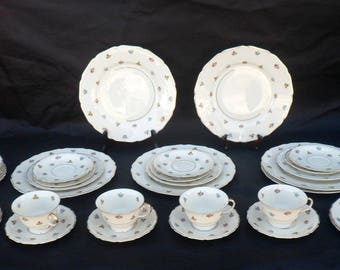 Rosenthal Continental Ivory Rob Roy Set, 34 Pieces, Scalloped Rims, German Bone China