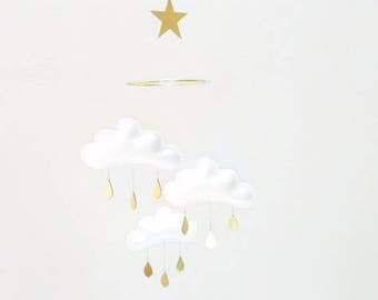 White baby Mobile, Cloud Mobile, Gold Mobile, Crib Mobile, Nursery Mobile, Felt Mobile, Cloud Nursery Decor, Nursery Decor, Modern Nursery,