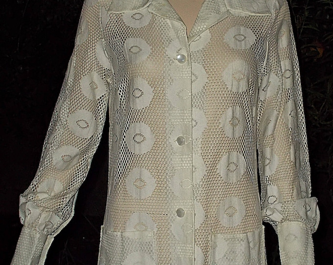 Vintage 60s Mod Hippie Sun - Glo Miami Womens Festival White Psychedelic Circles Lace Swimsuit Beach Long Sleeves Cover-up Dress
