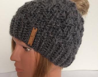 Grey Messy Bun Hat, Messy Bun Beanie, Women's Messy Bun Hat, Grey Messy Bun Hat, Grey knitted Messy Bun Beanie, top knot Toque, ponytail hat