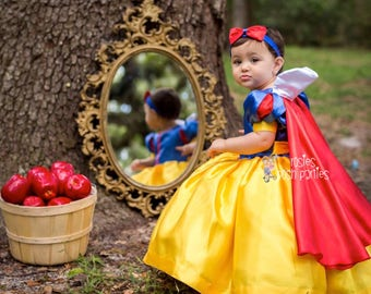 Snow White dress for Birthday costume or Photo shoot Snow White dress outfit Birthday dress Snow White costume dress for Birthday party