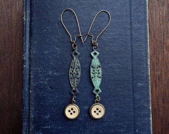 Double Verdigris Vintage Button Earrings No. 002