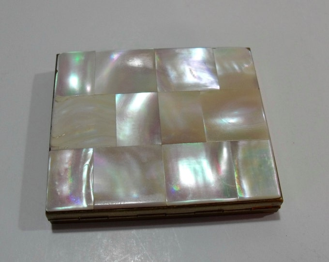 1950's Mother of Pearl Make-Up Compact - Vintage MOP Compact - Mirrored Make-Up Powder Case